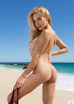 Dani Mathers naked on the beach