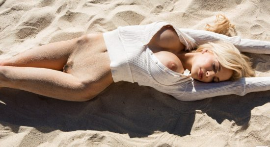 Dani Mathers nude on the beach