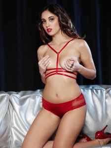Anna Capri Red Beauty