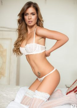 Szandra Beautiful in white