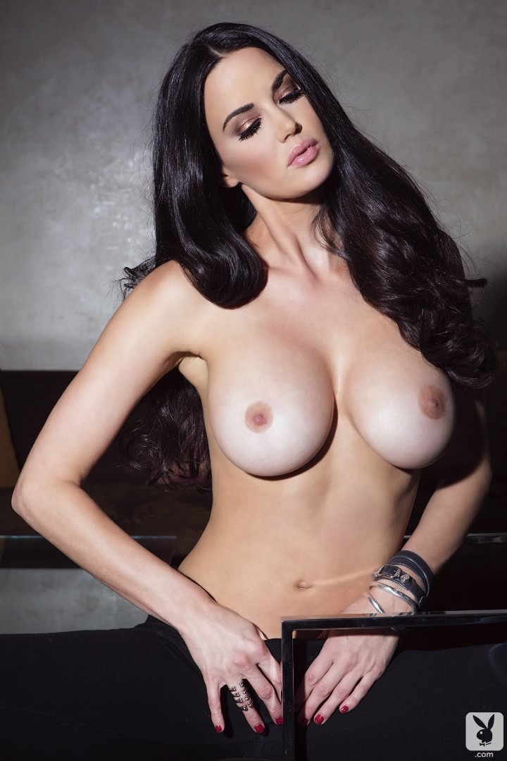 Amateur aria busty giovanni pic